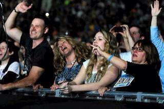Jill & Family_Bon Jovi Concert