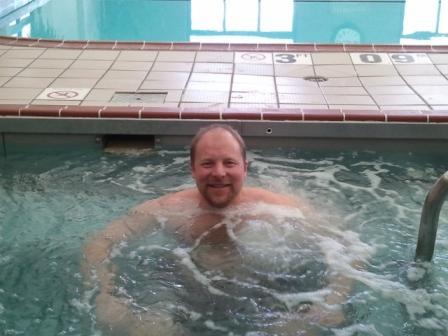 Bill_hotel hot-tub