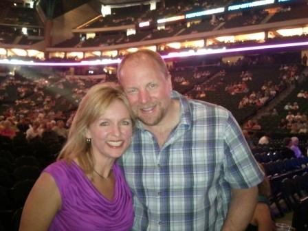 Michelle Stimpson & Bill Stimpson_Neil Diamond Concert