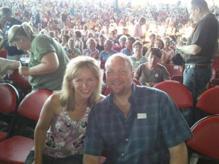 Michelle Stimpson & Bill Stimpson_Summerfest Front Row